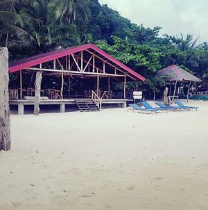 White Beach Front And Cottages photos Exterior