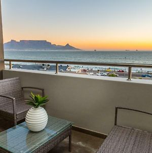 Modern Beachfront With Ocean Views - Infinity G9, Blouberg, Cape Town photos Exterior