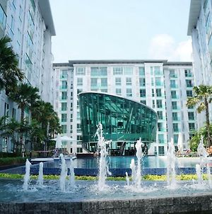1 Bedroom Apartment In City Center Residence photos Exterior
