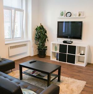 Sunny Aircon Apartment In The Centre Of Slany photos Exterior