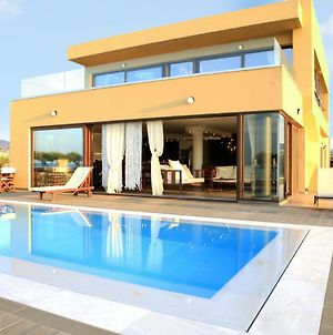 Kimona Villa Seafront Swimming Pool Jacuzzi 6 Bedrooms 21 Pax Kouvohori Villas Crete photos Exterior