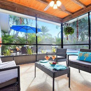 Villa Paradiso Near Pga Blvd With A Large Pool And Screened Porch photos Exterior