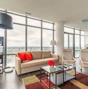 Unbelievable 50 Floor View. 3 Bedrooms Penthouse photos Exterior