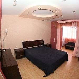 Viphouse Apartment Ул.Карла Марка,62 photos Exterior