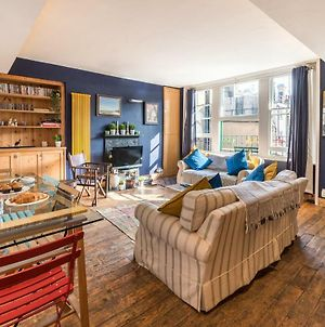 Artistic And Soulful Carnaby Street Movie Pad photos Exterior