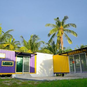 Purple Cube Roomstay Kontena photos Exterior