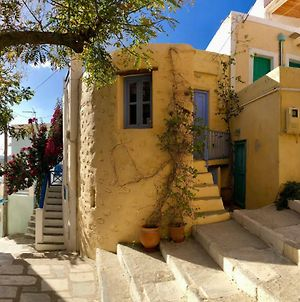 """Traditional Medieval Stone House In """"Ano Syros"""" photos Exterior"""