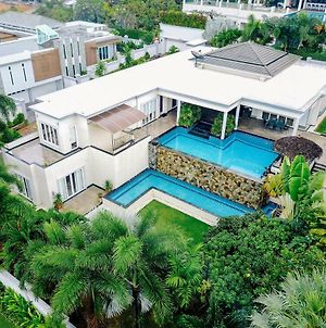 Stunning Luxury Pool Villa俯瞰芭提雅无边泳池豪华别墅 photos Exterior