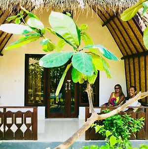 Bintang Tiga Bungalows Gili Air photos Exterior