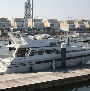 Beautiful And Magnific Yacht For 6 Persons photos Exterior