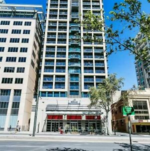 Stunning Oaks Apartment Facing North Terrace With Spa And Free Carpark photos Exterior