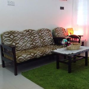 Homestay Rgee Muslim Only photos Exterior