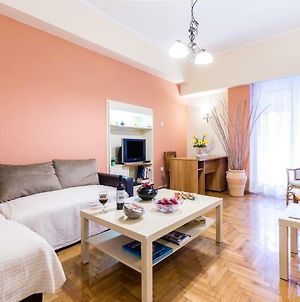 Spacious Apartment With 3 Bedrooms In City Center photos Exterior