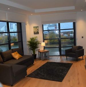 London City Island 3 Bedroom Luxury Apartments, Canary Wharf photos Exterior