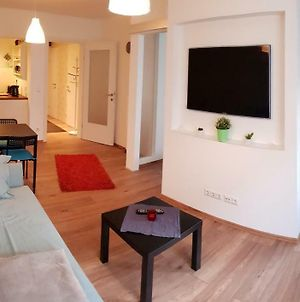 Vienna Chocolate Apartment By Guestia I Contactless Check-In photos Exterior