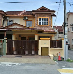 Karisma Homestay Section 3 Bandar Baru Bangi photos Exterior