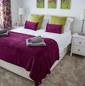 Solihull Stay - 3 Bedrooms, Up To 5 Guests Ideal For Solihull, Nec, Jlr, Hs2 photos Exterior