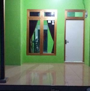 Homestay Sudirman Guide Lokal photos Exterior