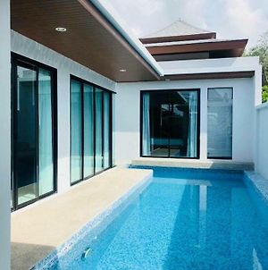 2 Bedrooms Pool Villa In Rawai photos Exterior