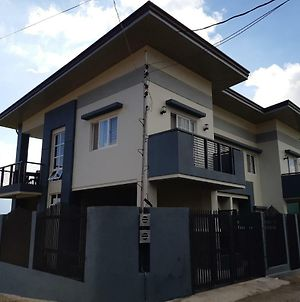 Restful 3Br Hillside Duplex House photos Exterior