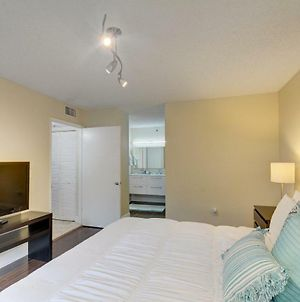 Renovated 2/2 Unit At Yacht Club/Aventura photos Exterior
