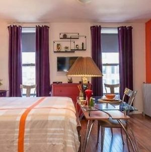 Fabulous Fully Furnished Studio Minutes From Times Square! photos Exterior