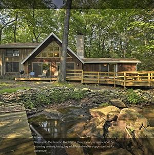 Poconos Secluded Vacation Home On Stream-Mins To Camelback photos Exterior