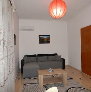 Cozy Apartment For 2-5 People-Center Tripoli photos Exterior