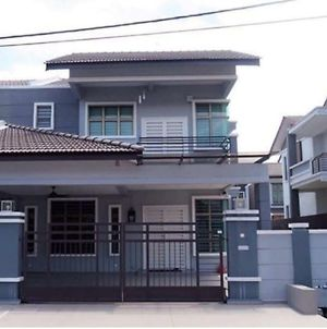 Malacca Homestay - 2 Storey Semi-D photos Exterior