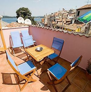 Flora - Family Apartment With Terrace In Centre Of Rovinj photos Exterior