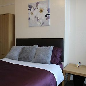 John St Town House - Self Catering - Guesthouse Style - Great Value Family And Double Rooms photos Exterior