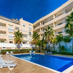 A05 - Luxury 1 Bed Fully Equipped With Pool photos Exterior