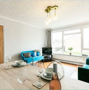 Gayton Court 2-Bedroom Flat In The Centre Of Reigate photos Exterior