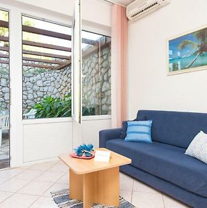 2-Bedroom Apartment 300M From Beach In Punat photos Exterior
