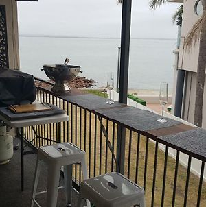 Waterfront Location - 2 Bed Apartment In Corlette, Port Stephens - Sleeps 4 photos Exterior