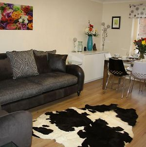 City Centre Apartment With Riverside Walks And Free Parking C20Si photos Exterior