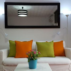Central Apartment In Valencia With Wifi + Parking. photos Exterior