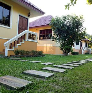 Luisuan Homestay photos Exterior