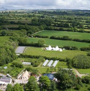 Ceridwen Glamping, Double Decker Bus And Yurts photos Exterior
