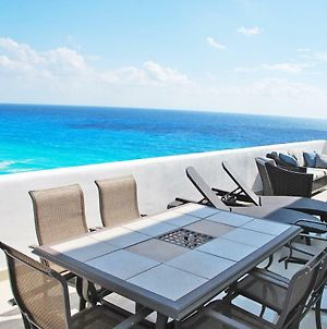 By Tim M - Penthouse #3702 - On The Beach In The Cancun Hotel Zone photos Exterior