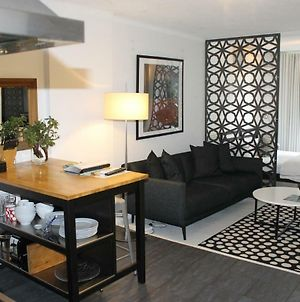 Great Studio Apartment - In The Heart Of Everything photos Exterior
