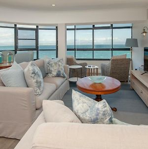 The Sun,Whales And Waves Seafront Apartment photos Exterior