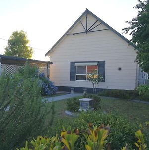 Large 6-Bedroom House With Wifi & Netflix Close To Singleton Cbd Hunter Valley photos Exterior