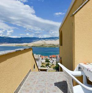 Sweet One Bedroom Apartment With Small Balcony And Great View photos Exterior