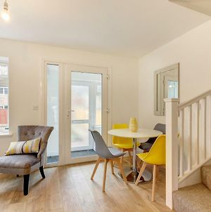 Lovely 2 Bed House In Bristol photos Exterior