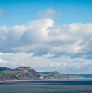 Silver View-Beautiful Sea Views-Free Parking- Central Lyme photos Exterior