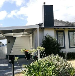 Jesson Crescent Dandenong Cozy House photos Exterior