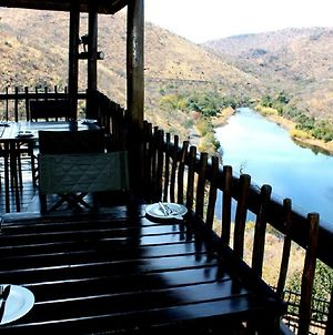 Sunset Private Game Lodge Mabalingwe photos Exterior