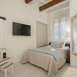 Accademia Gallery Charming Suite photos Exterior