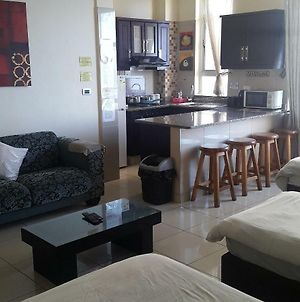 Durban South Beach Accommodation Holiday And Business Self Catering Apartments Suites photos Exterior